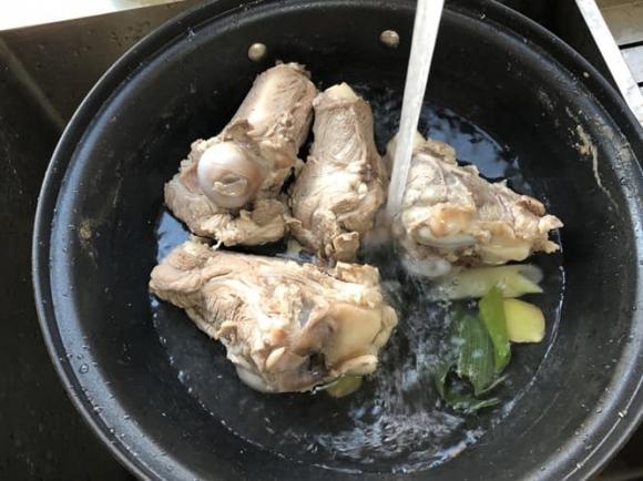 canh xương, dạy nấu ăn, mẹo nấu ăn