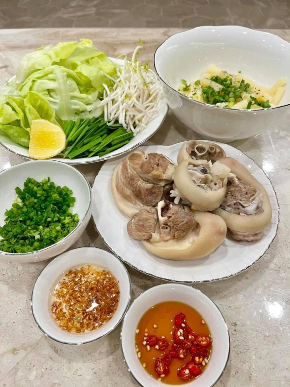 Ngân Khánh, Ngân Khánh nấu ăn, sao việt
