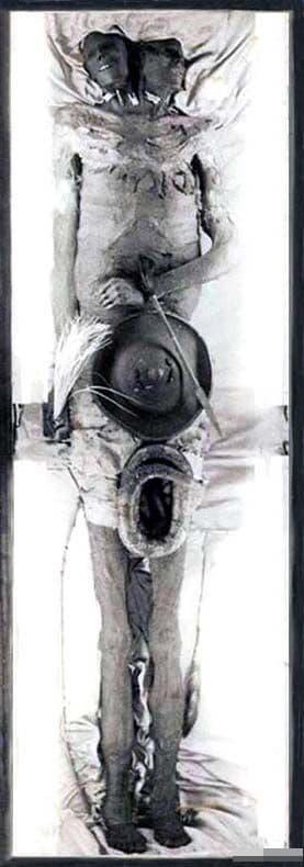 Kap DWA, người khổng lồ, xác ướp hai đầu