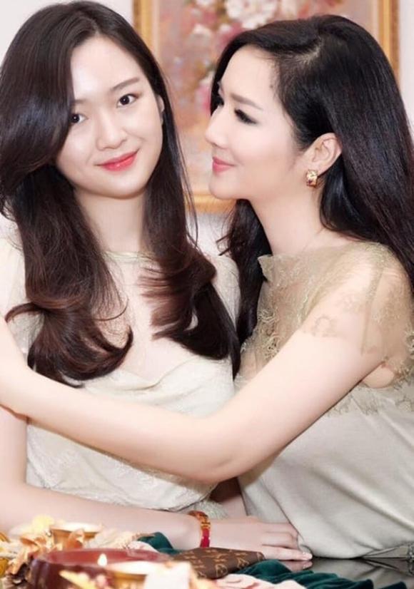 Hoa hậu Đền Hùng Giáng My, Giáng My, con gái Giáng My