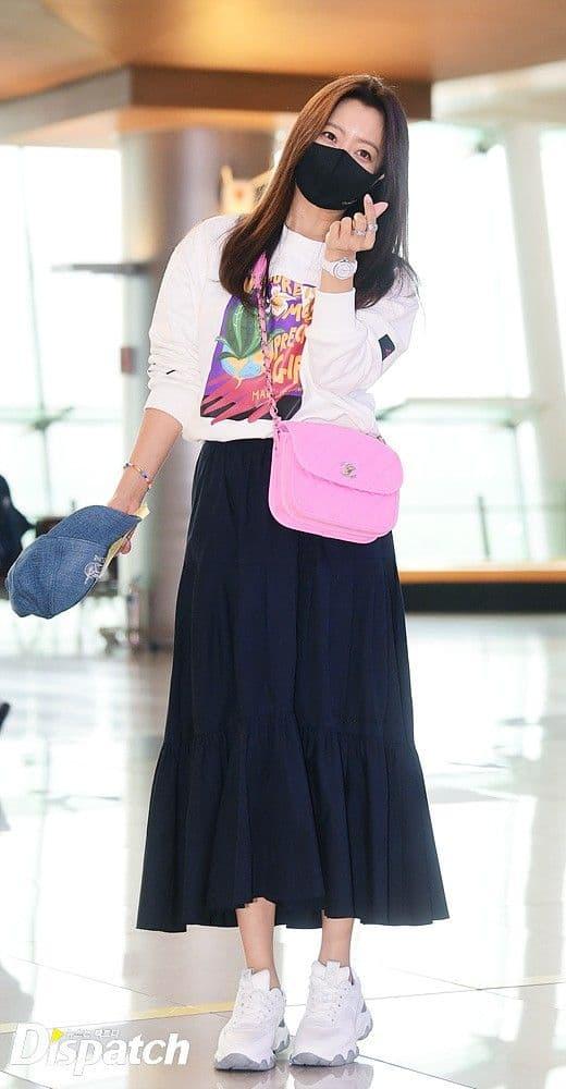 kim hee sun, phụ kiện, thời trang sân bay, sao hàn