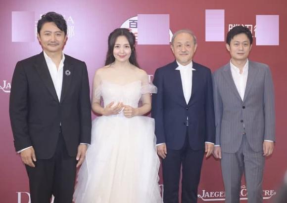 LHP Quốc tế Thượng Hải, Đặng Siêu, Châu Đông Vũ