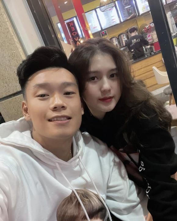 cầu thủ Thành Chung, bạn gái Thành Chung, đội tuyển bóng đá Việt Nam