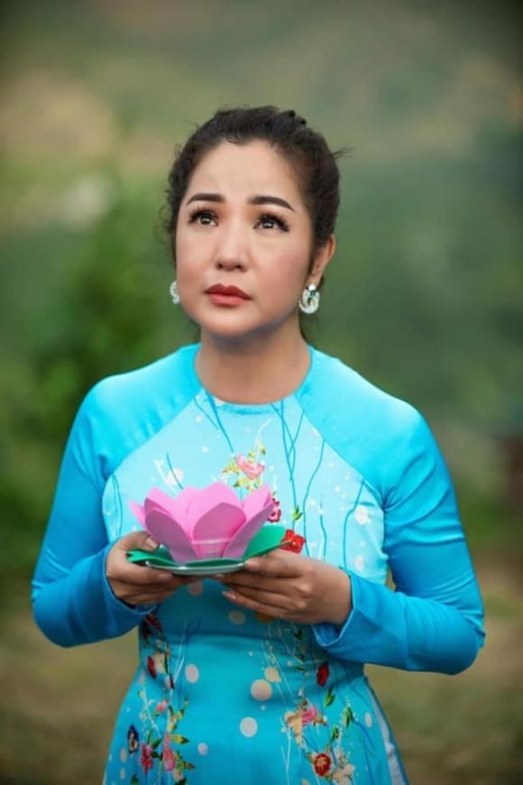 Thúy Nga, Kim Ngân, sao Việt
