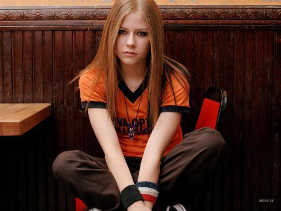 Avril Lavigne, ca sĩ pop