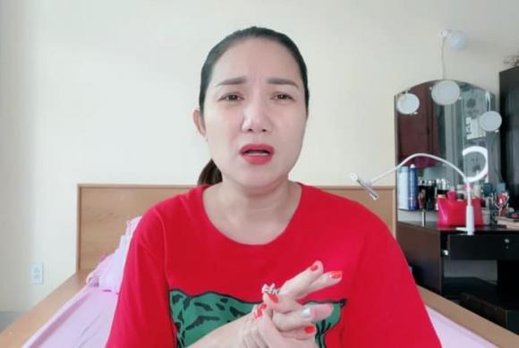 Bà mối, Cát Tường, Cô gái đang gây bão mạng, sao Việt