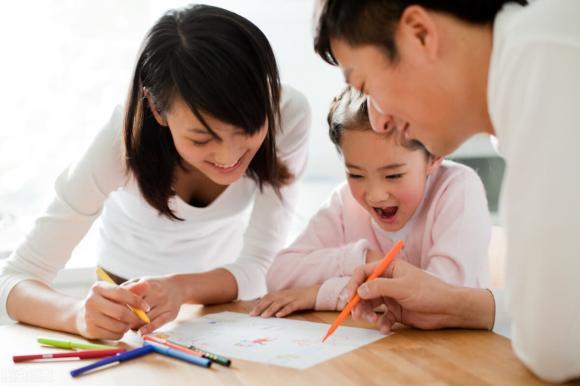 dạy con, chăm con, câu nói trẻ buồn, trẻ tổn thương