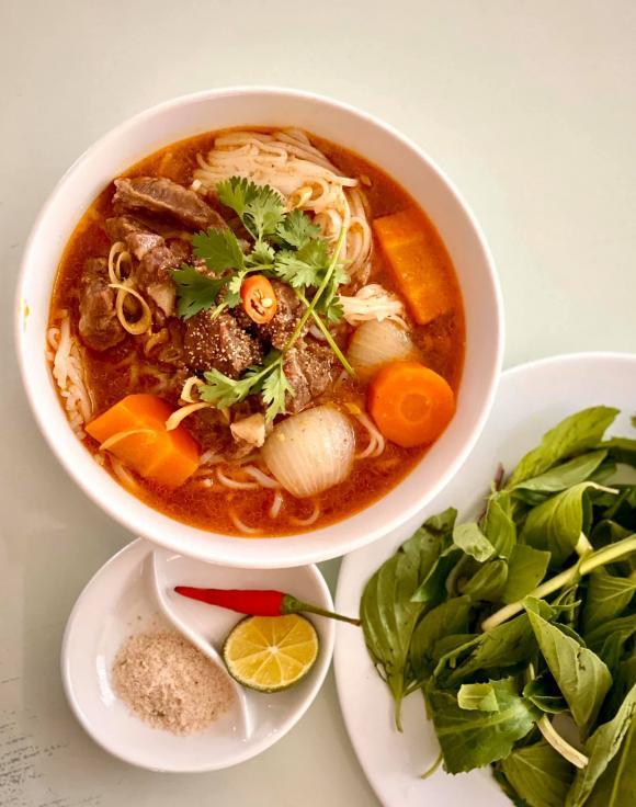 Thúy Hạnh, Khang Lê, Thúy Hạnh nấu ăn