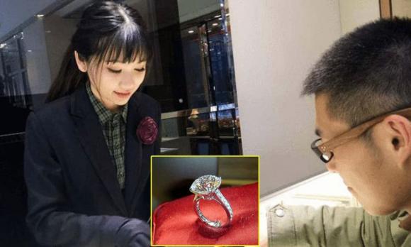 tảng sapphire lớn nhất thế giới, tìm thấy kim cương, kỳ lạ