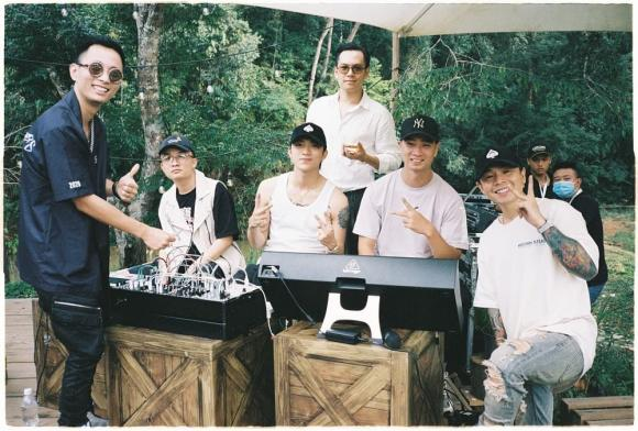 SpaceSpeakers, Hoàng Touliver, Soobin, Binz, Rhymastic, Andree Right Hand, JustaTee, OK, Rap Việt, Đà Lạt, Underground, sao Việt