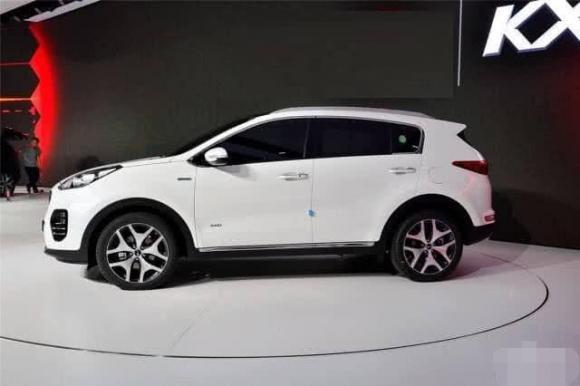 mua xeoo tô màu trắng, lưu ý khi mua xe ô tô, tại sao nên mua xe ô tô màu trắng