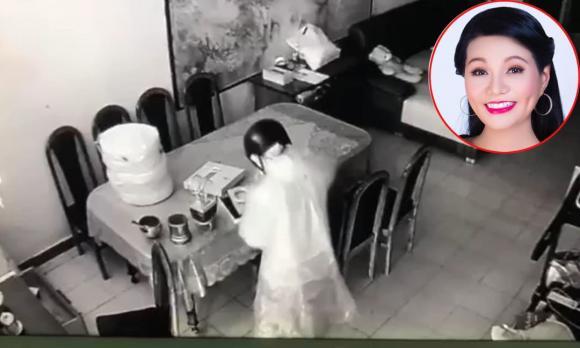 NSƯT Ngọc Huyền, sao Việt