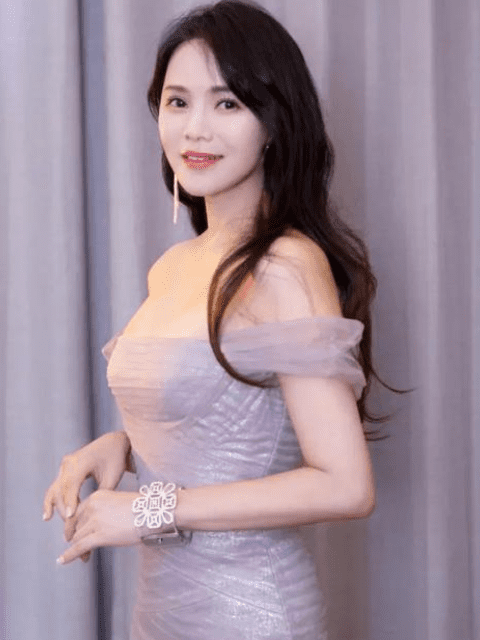 sao Hoa ngữ,Y Năng Tịnh,Tần Hạo