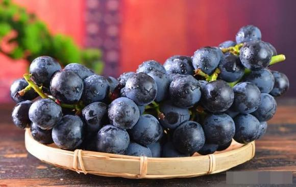 ăn nho, rửa hoa quả, khử thuốc sâu trong rau quả, mẹo hay