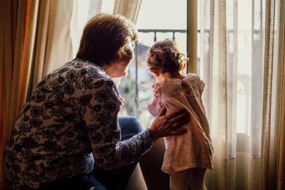 bà ngoại, dạy trẻ, trẻ không thích đến nhà ông bà