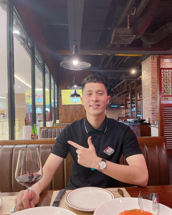 cầu thủ Đình Trọng, cầu thủ Văn Kiên, sao Việt