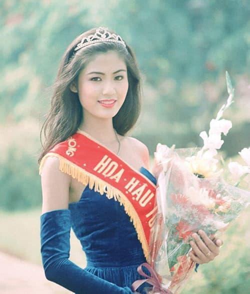 Facebook của Thu Thủy bất chợt thay đổi avatar sau hơn một tháng cố Hoa hậu qua đời