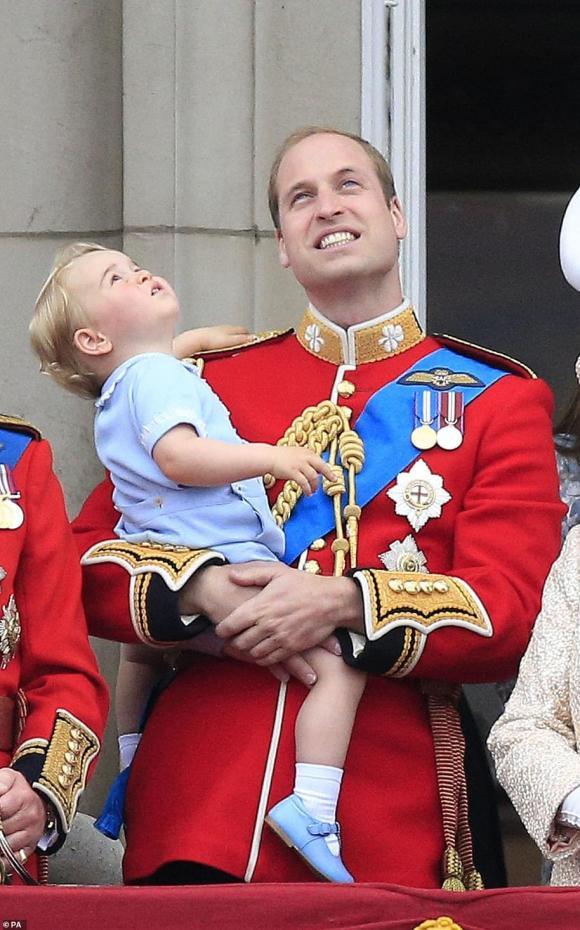 công nương kate, hoàng tử geroge, hoàng tử william