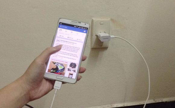 điện thoại nổ, Quảng Ninh, tai nạn điện thoại