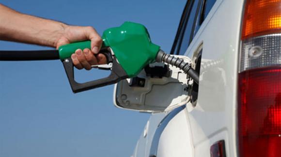 đổ xăng, tiết kiệm xăng, đổ xăng vào thời điểm nào trong ngày có lợi nhất, thời điểm đổ xăng