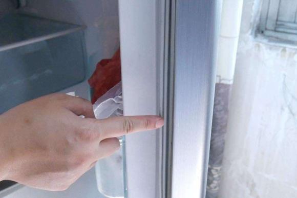 tủ lạch, sử dụng tủ lạnh, túi nilong, sắp xếp tủ lạnh