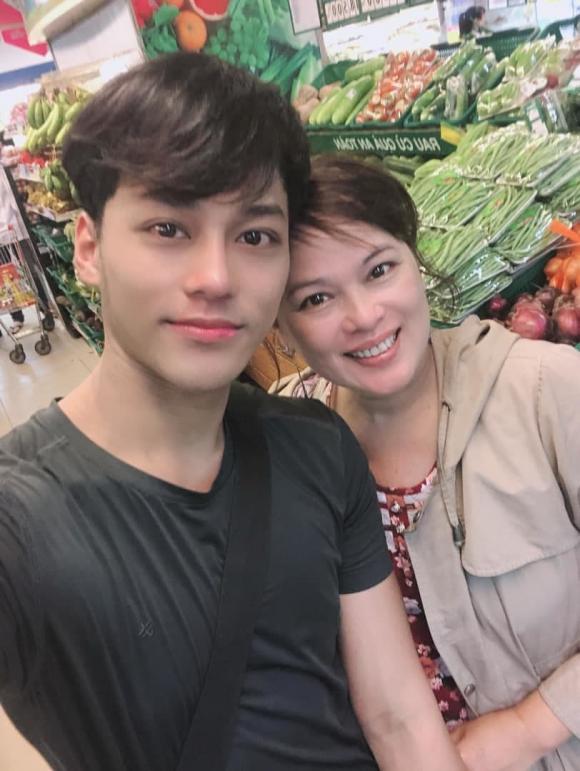 ca sĩ Phan Ngọc Luân, sao Việt