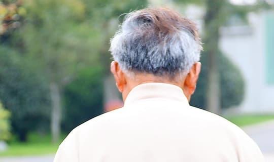 đốm đồi mồi, lão hóa, sức khỏe người già
