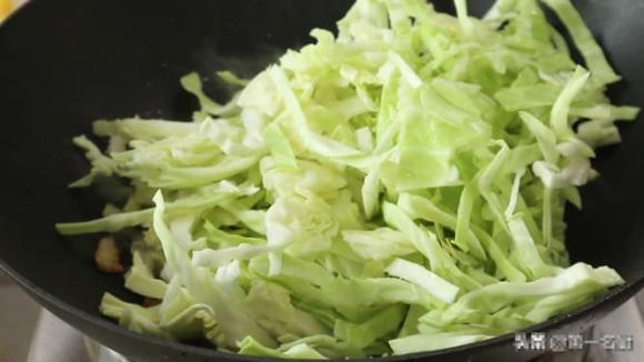 miến xào, miến xào bắp cải, mẹo nấu ăn, mì xào, dạy nấu ăn