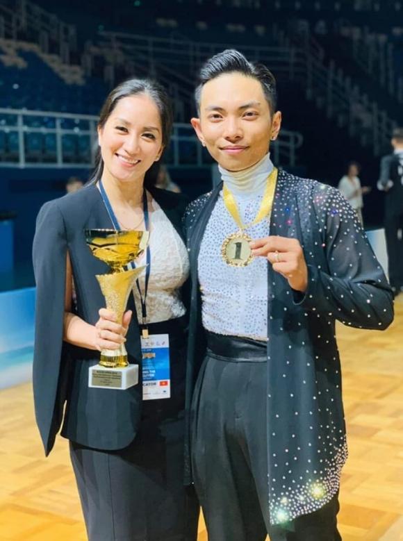 kiện tướng dancer sport khánh thi,kiện tướng dancersport, sao Việt