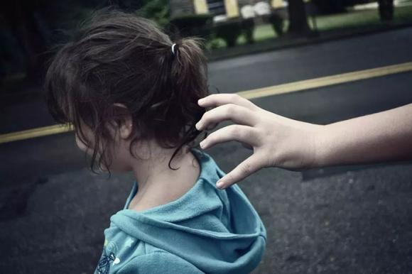 bắt cóc trẻ em, buôn người, buôn bán trẻ em