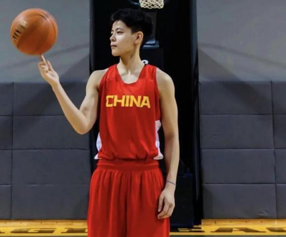 Dương Thư Dữ, VĐV đẹp trai, Olympic