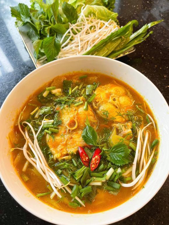 canh cá bớp nấu chua, Lưu Đê Ly, sao Việt nấu ăn