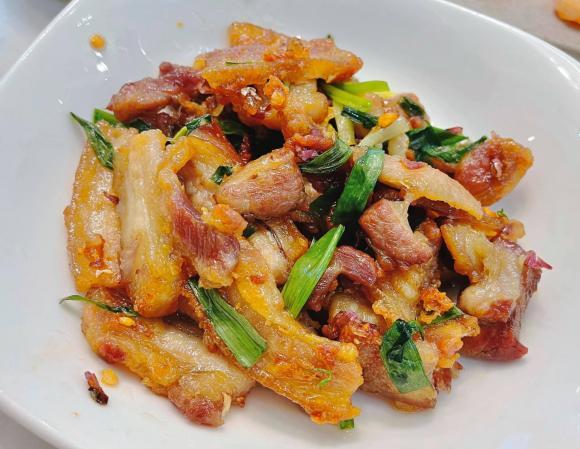 stylist Pông Chuẩn, Tùng Min, sao Việt nấu cơm
