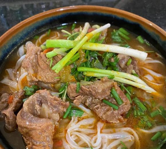 phở sốt vang, công thức nấu phở sốt vang, món ngon từ thịt bò