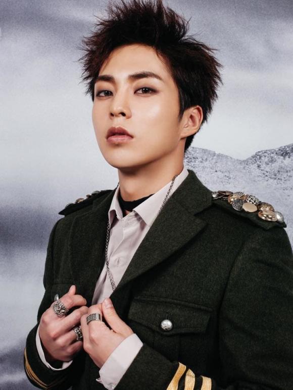 EXO, sao Hàn, kpop, Xiumin dương tính với Covid-19