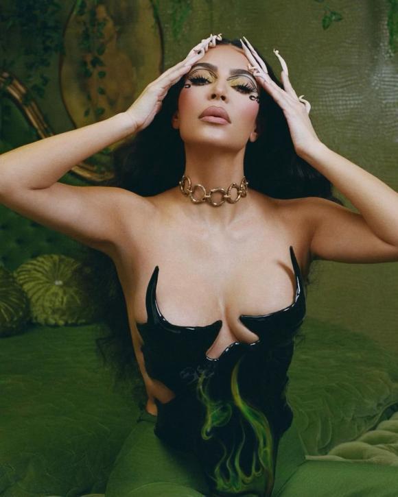 Kim Kardashian, sao âu mỹ, kim siêu vòng 3