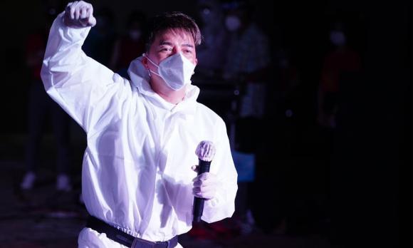 ca sĩ đàm vĩnh hưng,nam ca sĩ Đàm Vĩnh Hưng, ca sĩ Hoài Lâm, sao Việt