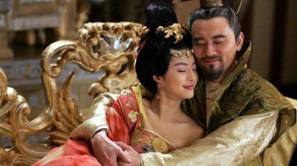 Dương Quý phi, bí mật phòng the, hoàng đế, quý phi, Đường Huyền Tông,
