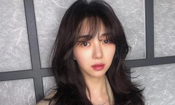 Lisa (BlackPink), Lisa vén tóc mái, sao kpop