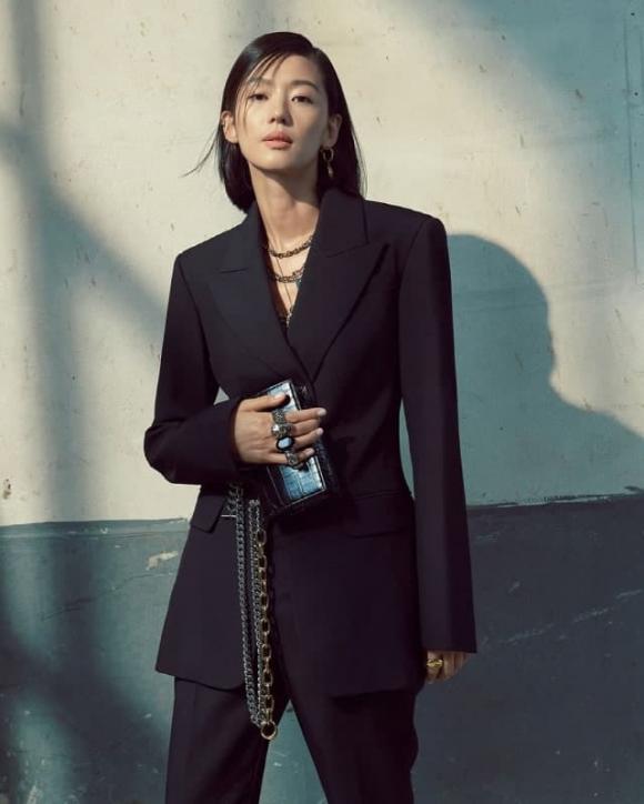 jeon ji hyun, xa thi mạn, đụng hàng, sao hàn