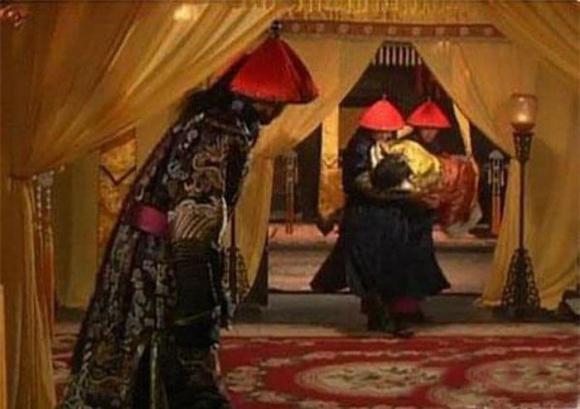 thị tẩm, chuyện giường chiếu, hoàng hậu, hoàng đế, phi tần, nhu cầu tình dục, quy trình thị tẩm