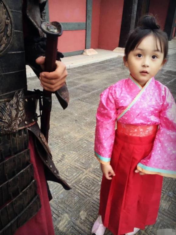 Liu Chutian, Tian Tian, bé đẹp nhất thế giới, sao nhí, sao trung quốc