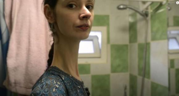 cô gái có cổ dài nhất thế giới, kỳ lạ, chuyện lạ
