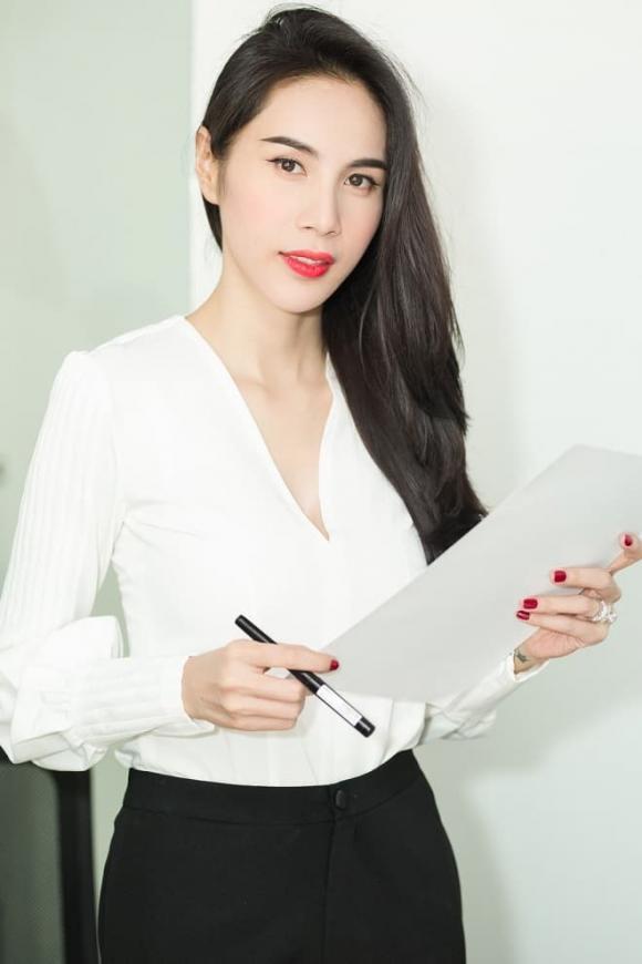 Thủy Tiên, Sao Việt, Nữ ca sĩ, Công Vinh