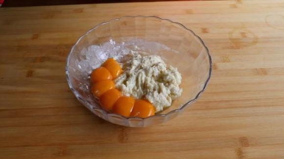 làm bánh, bánh trứng, tự làm bánh, dạy nấu ăn