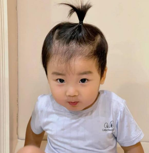 con trai Hòa Minzy, ca