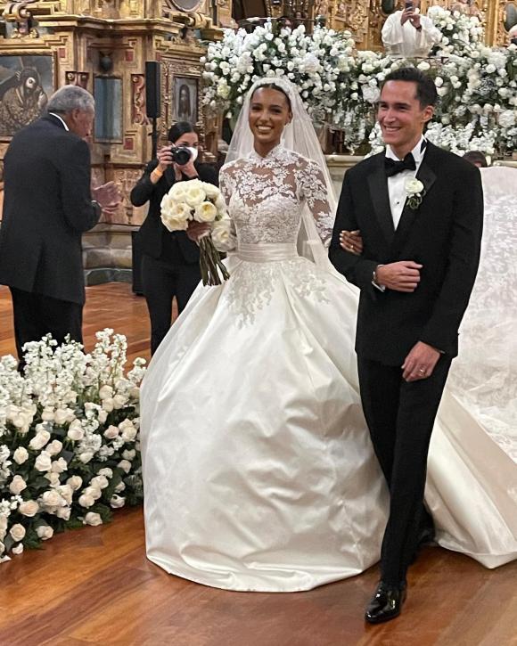 miranda kerr, chồng tỷ phú, đám cưới, sao hollywood