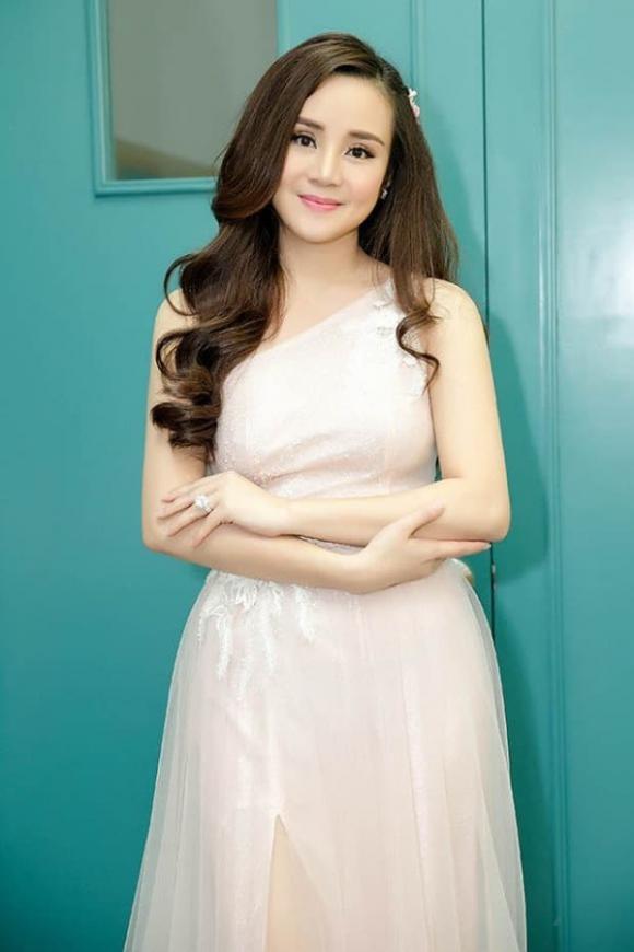 nữ ca sĩ Vy Oanh,ca sĩ Vy Oanh, sao Việt