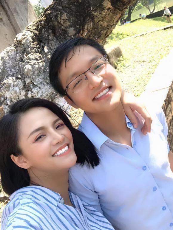 Thu Quỳnh, em trai Thu Quỳnh, diễn viên Hương vị tình thân