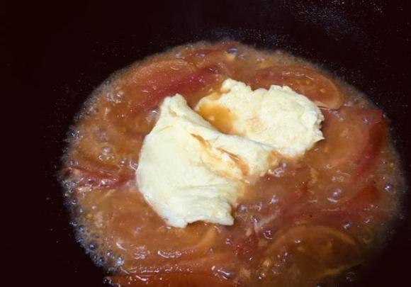 trứng, cà chua, trứng bác cà chua, trứng sốt cà chua,